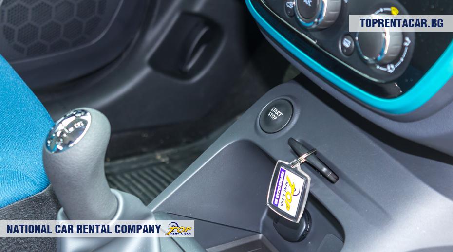 Renault Captur - кнопку начала / остановки двигателя