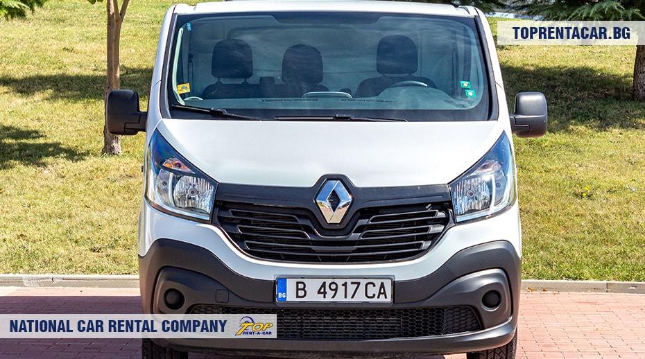 Renault Trafic - вид спереди 2