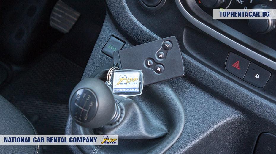 Renault Trafic - вид изнутри 4