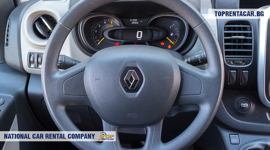 Renault Trafic - вид изнутри 5