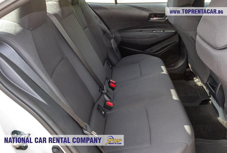 Toyota Corolla задние сиденья