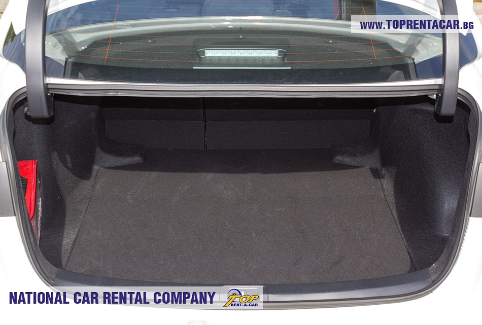 Toyota Corolla багажник