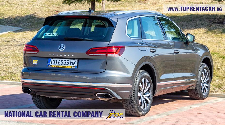 VW Touareg 2019 - изглед позади