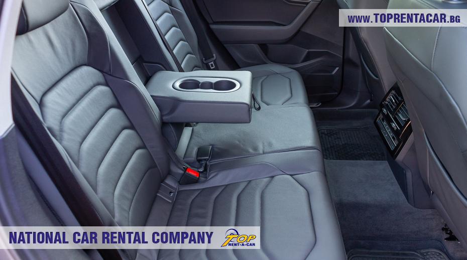 VW Touareg 2019 - задное сиденье