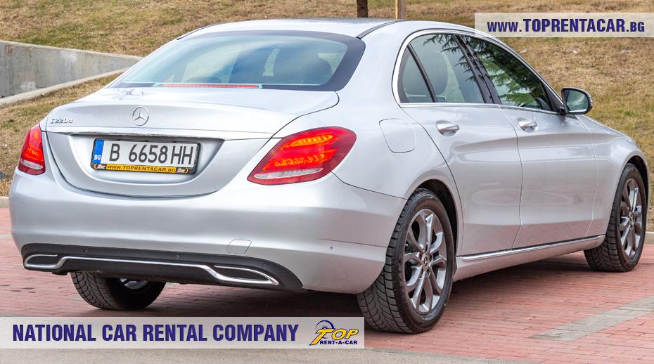 Mercedes-Benz C220 - позади