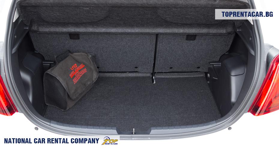 Toyota Yaris - багажник