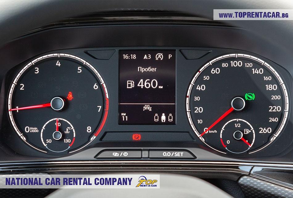 VW T-Cross 2020 приборная панель автомобиля