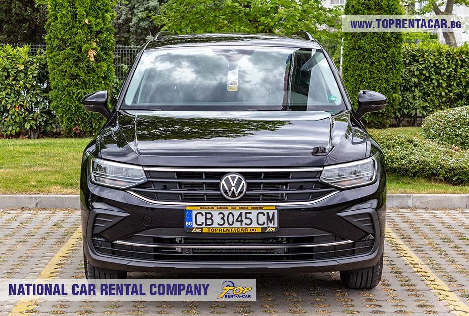 VW Tiguan вид спереди