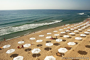 Пляж – один из чистейших в стране