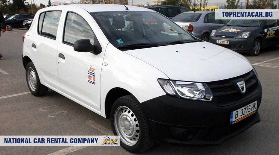 Dacia Sandero - вид спереди
