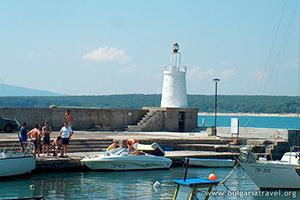 Приморско – маяк