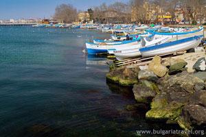 Лодки край Поморие