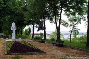 Парк в Царево
